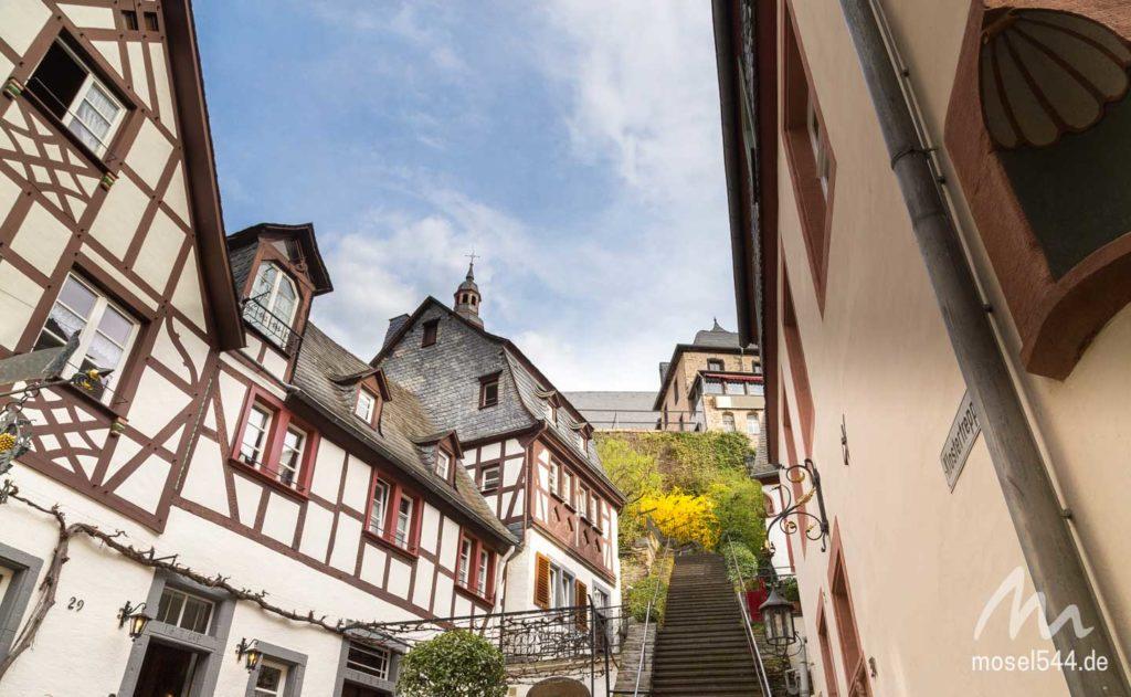 Klostertreppe zur Karmeliterkirche
