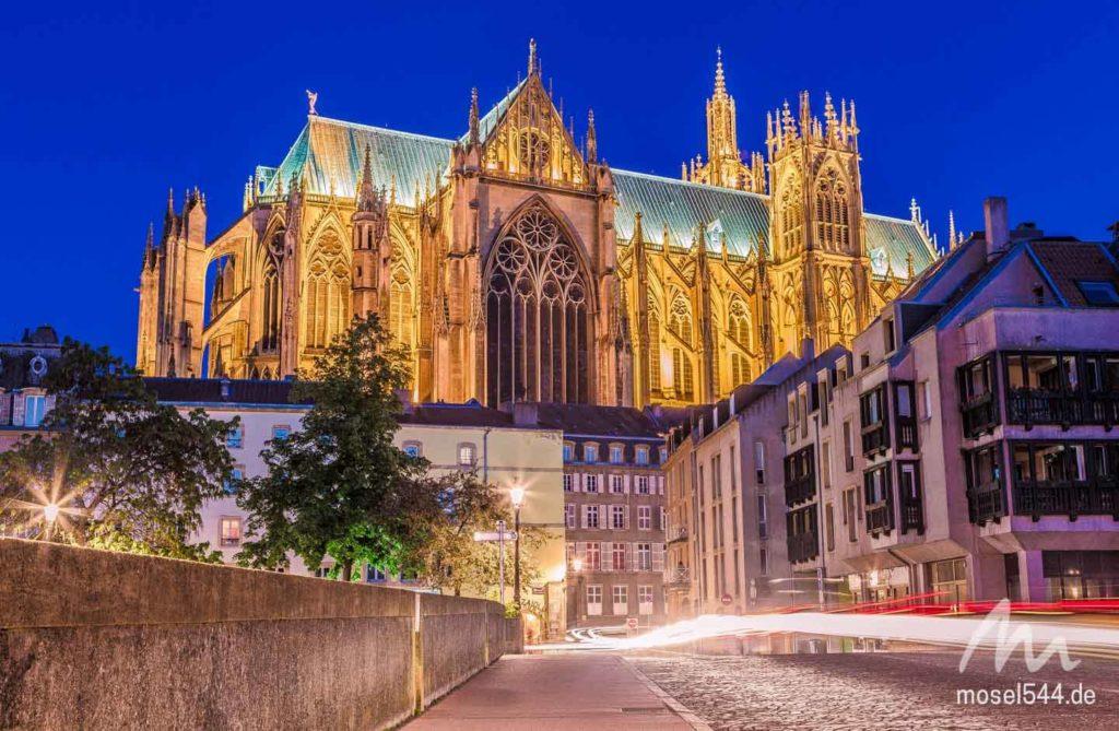 Kathedrale Saint-Étienne von Metz bei Nacht