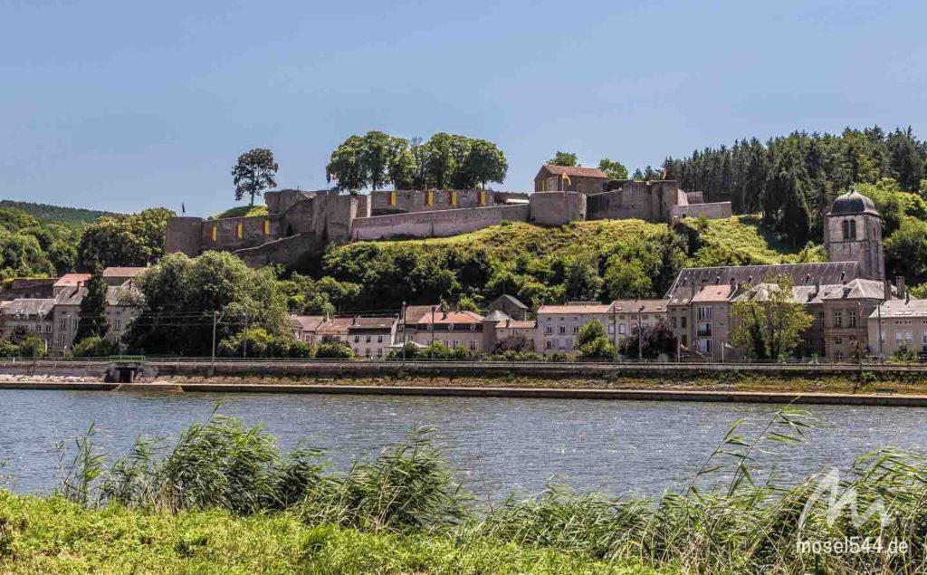 Festungruine in Sierck-les-Bains